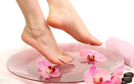 Kompletní mokrá pedikúra pro dokonalé nohy