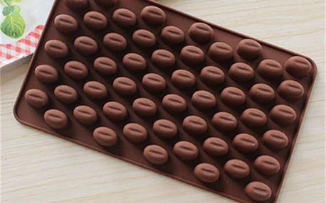 Silikonová forma na bombóny ve tvaru kávových zrn
