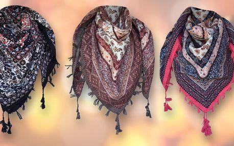 Lehký elegantní šátek se střapci