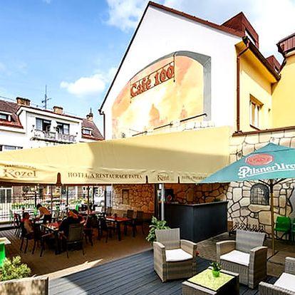 Wellness dovolená v 3*Hotelu Tatra, whirlpool, ochlazovna, odpočívárna s lehátky, masáž šíje a zad.