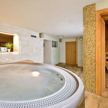 Absolutní soukromí: vířivka a sauna pro 2 osoby