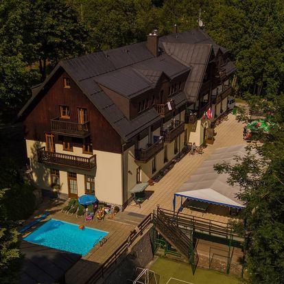 Jaro ve Špindlu: polopenze, sauna i aktivity