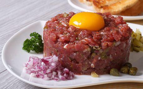 400g namíchaný tatarský biftek s neomezeným množstvím topinek