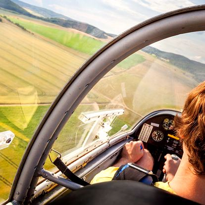Let i pilotování kluzáku: 15 min. či hodina nad Kutnou Horou a Kolínem