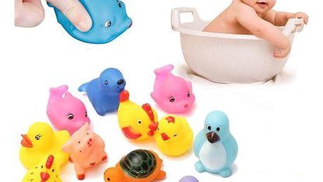Balení gumových hraček do vany