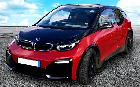 Půjčení elektromobilu BMW i3 na hodinu až měsíc