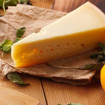 200 g nebo 400 g švýcarského sýru Firstkönig
