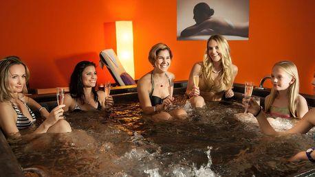 Privátní sauna s vířivkou - 6 osob na 2 hodiny