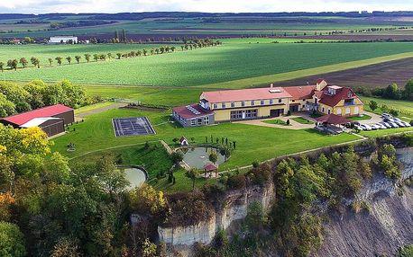 Ubytování v Českém středohoří s bazénem