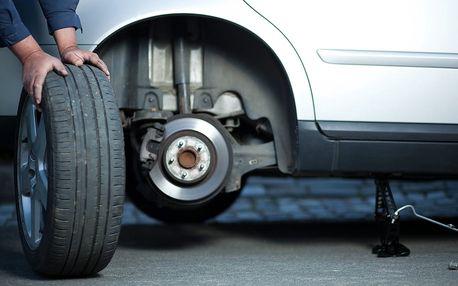 Kompletní přezutí nebo výměna pneumatik u vozu