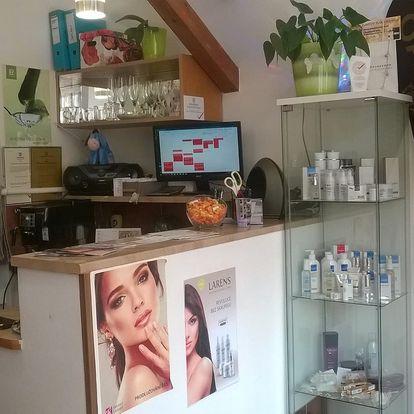 Kosmetické ošetření nejúčinnější anti-age kosmeceutikou Larens