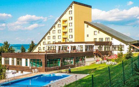 Bílé Karpaty s polopenzí a bazénem