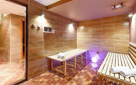 Hotel s výhledem: polopenze, sauna, výlety