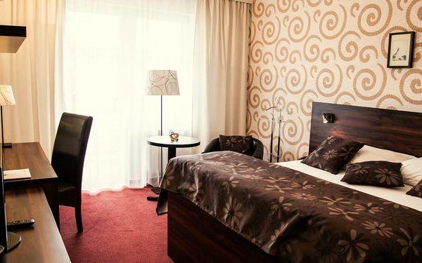 Parkhotel Morris**** v Lužických horách s polopenzí a wellness procedurami