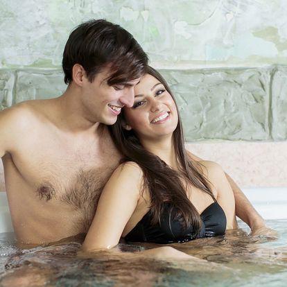 Párová relaxace: Vířivka a masáž nebo zábal