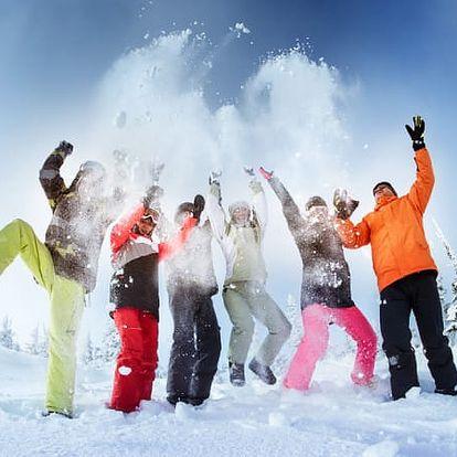 Last minute pobyt v březnu na Dvorské boudě. Sněhové radovánky a lyžování.