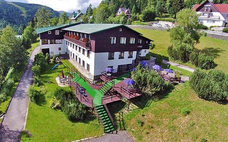 Krkonoše panoramaticky: Špindlerův Mlýn v hotelu nad centrem města s neomezeným vstupem do sauny i polopenzí