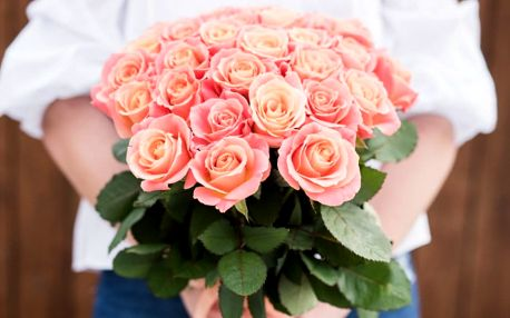Potěšte voňavou růží svoji drahou polovičku