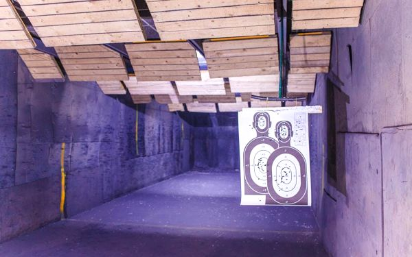 Střelba na kryté střelnici2