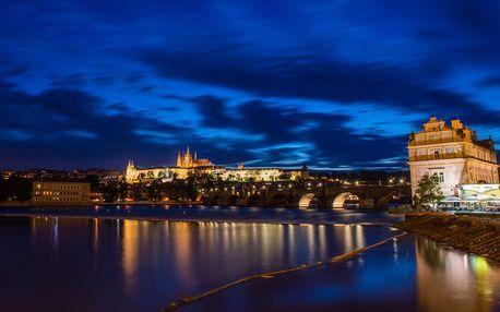 Večerní raut na Vltavě, plavba s večeří Praha