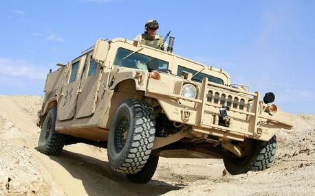 Jízda vojenským Humvee