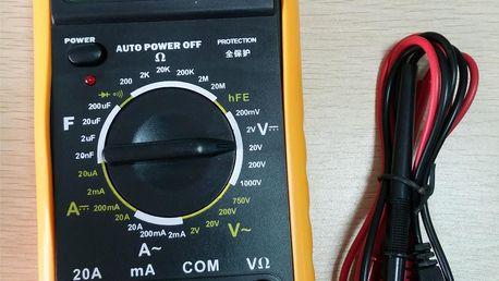 Digitální měřák baterií (MULTIMETR)