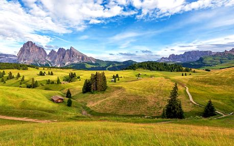 First minute: Nádherné italské Alpy s neomezeným wellness, bazénem a s polopenzí + sleva na saunu