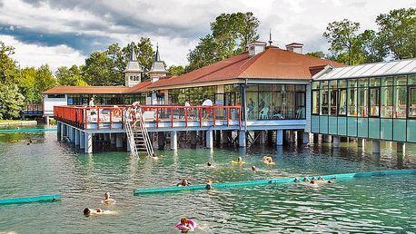 Proslulý Hévíz v hotelu se vstupem do termálního jezera, neomezeným wellness, Pl vodní kúrou a polopenzí – také přes léto