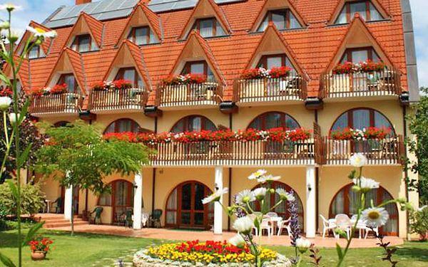 Agnes Hotel ***