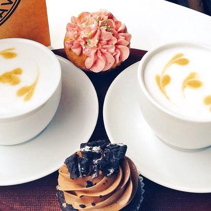 Dvě prémiové kávy z hradecké pražírny