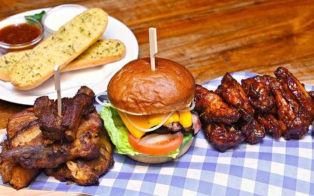 Nálož masa až pro 4: žebra, křidélka, burger