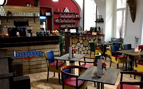 Výborná snídaně s neomezenou kávou po celý den v centru Prahy