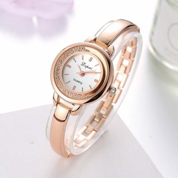 Dámské hodinky v elegantním zpracování - 4 varianty