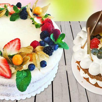 Domácí dorty, jablečný páj i velké makronky