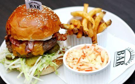 Cheeseburger pro 1 či 2 v Jack´s Burger Baru