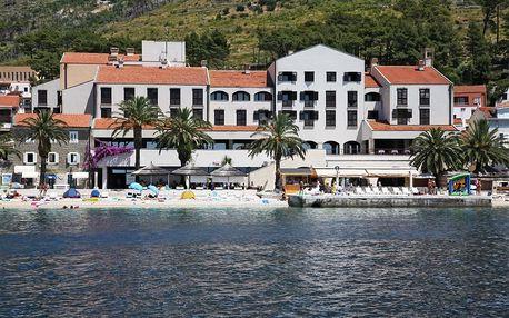 Chorvatsko - Podgora na 10 dní, polopenze nebo snídaně s dopravou autobusem