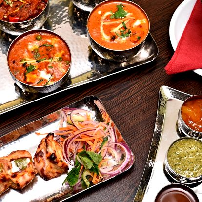 Degustační indické menu: vegetariánské i masové
