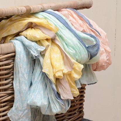 IB LAURSEN Šátek Elephants Lososově růžový, růžová barva, modrá barva, žlutá barva, textil