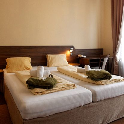 Hotel Sevilla*** ve Františkových Lázních s wellness a procedurami
