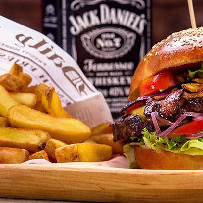 Burgerové menu s hranolky a pivním speciálem