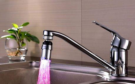 LED perlátor měnící 7 barev