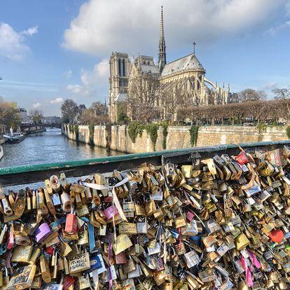Sobota v Paříži na otočku: Eiffelova věž, Louvre