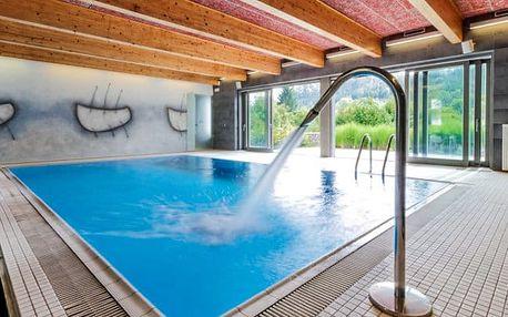 Moravský kras s bazénem a polopenzí