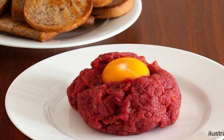 200gramový tatarský biftek + topinky v pivnici Budvarka