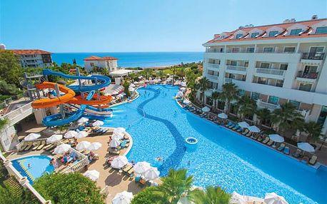 Alba Queen - Moderní prázdninový resort přímo u nádherné pláže.