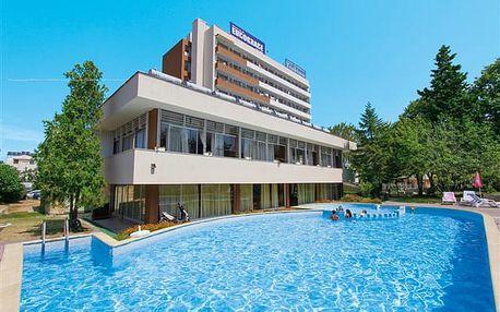 Tishina - hotel s animacemi v samotném srdci letoviska Primorsko