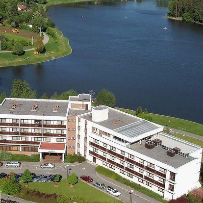 Hotel Adamantino *** u Luhačovické přehrady s wellness a polopenzí