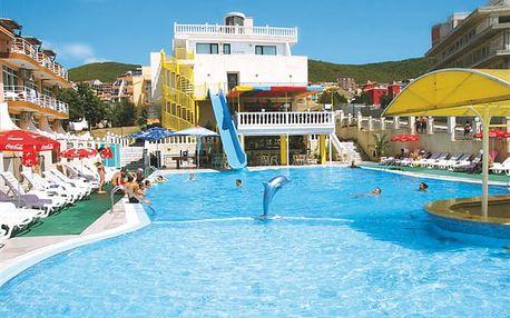 Korona - snídaňový hotel s prostorným bazénem