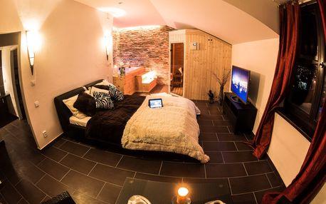 VIP wellness apartmá s velkou vířivkou a finskou saunu v Moravském krasu