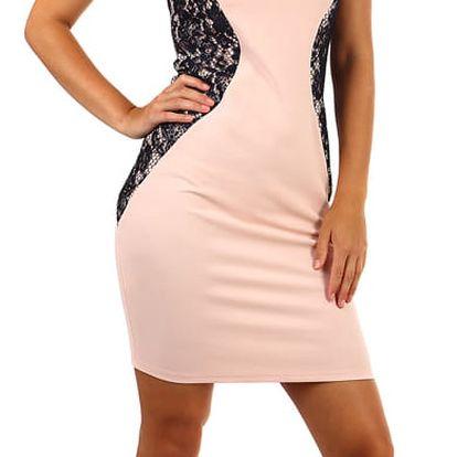 Romantické přiléhavé šaty s krajkou -i pro plnoštíhlé světle růžová